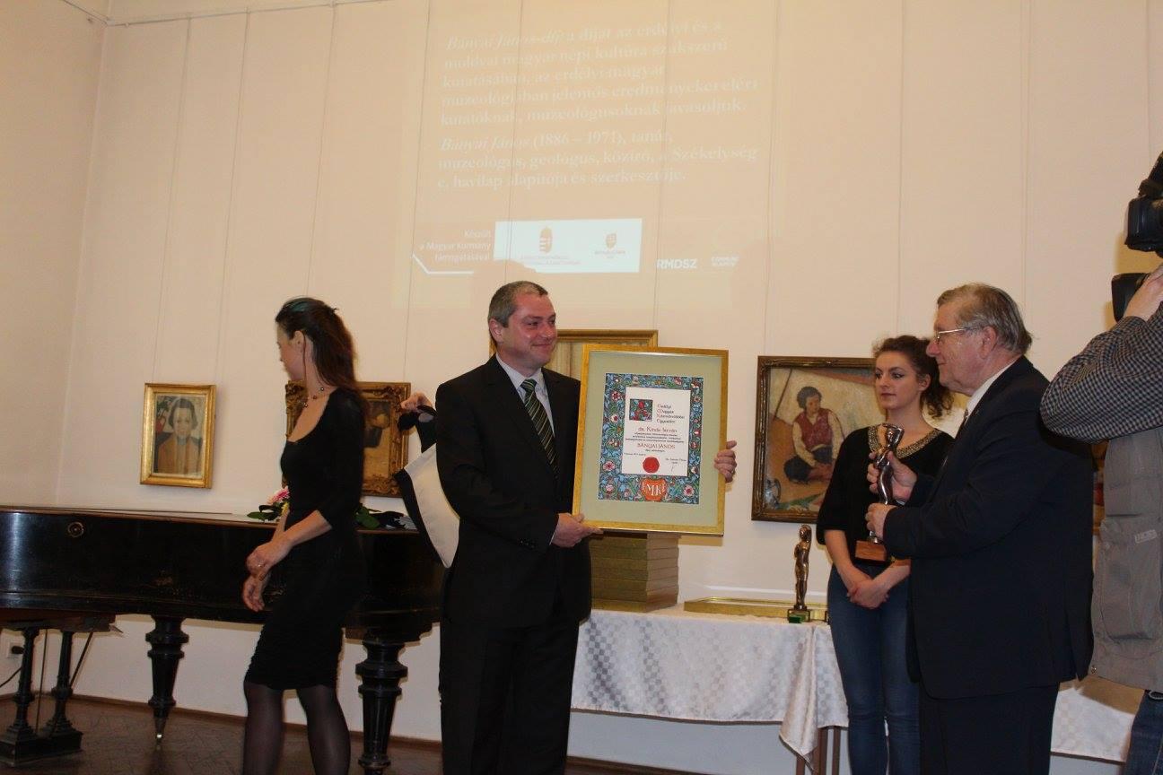 Bányai János-díjat kapott a KJNT külső munkatársa